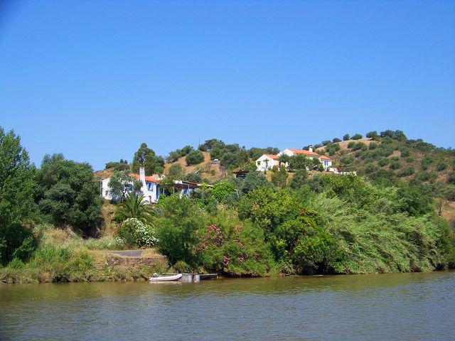 Paseos en barco desde Sanlucar y Alcoutim