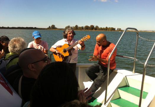 Excursión y fiestas en barco por la ría de Huelva